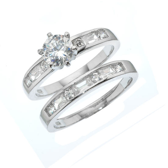 Superior Two Piece Engagement And Wedding Ring Set
