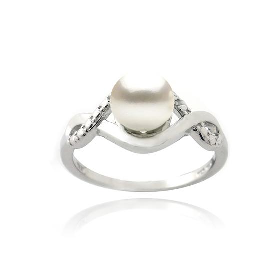 pearl necklace earrings or rings