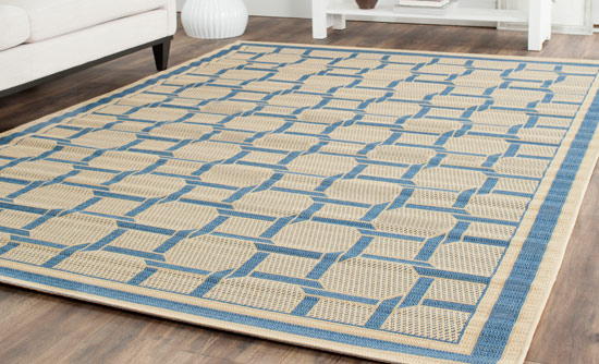Resort Weave Rug In Crème/Blue