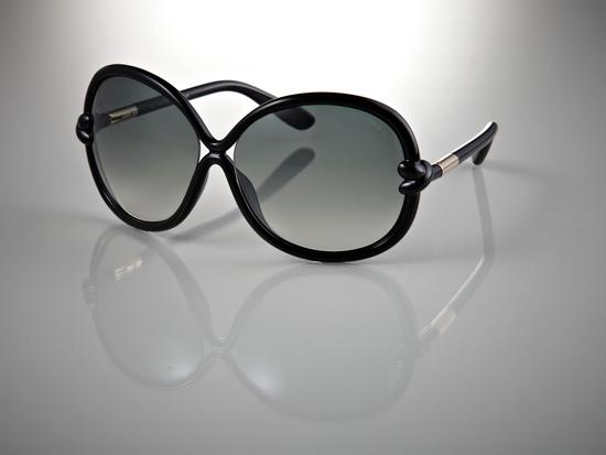 tom ford womens designer sunglasses black plastic frame smoke lens mft0185 c01b t64 14 395 list price