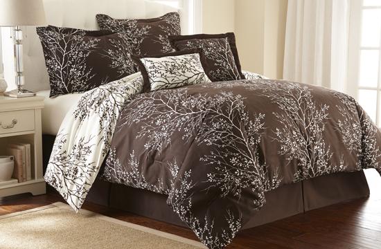 Hotel New York Reversible Plush Comforter Sets
