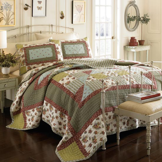 Laura Ashley Quilts And Shams