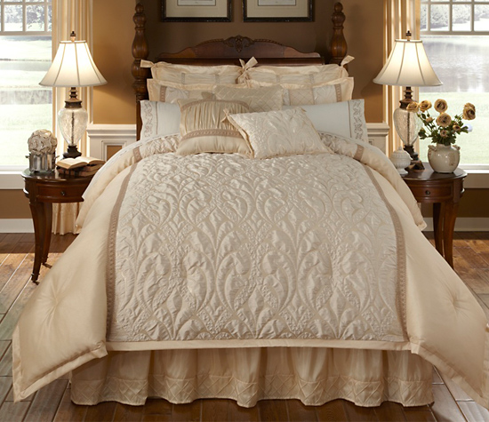 Four Piece Veratex Comforter Sets